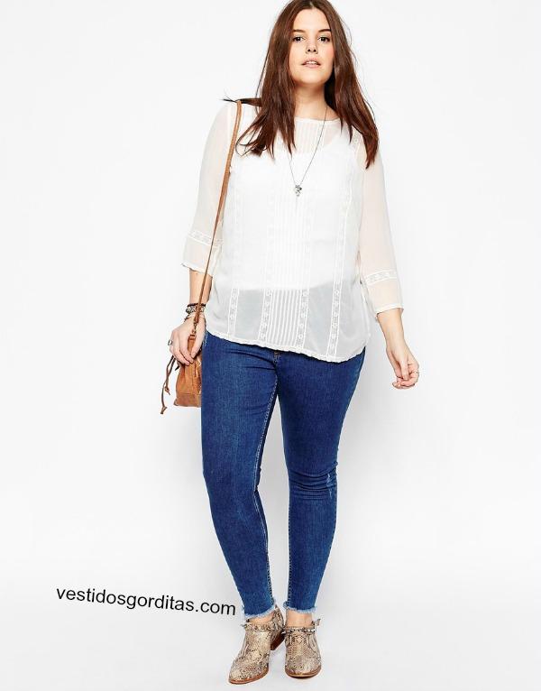 Blusa blanca y fresca con encaje para gorditas